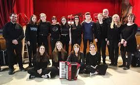 """Actuació del grup d'acordionistes """"CATUKRA"""".  Diumenge, 16 de maig a les 18:00h a la Pista Vermella de Vandellòs"""