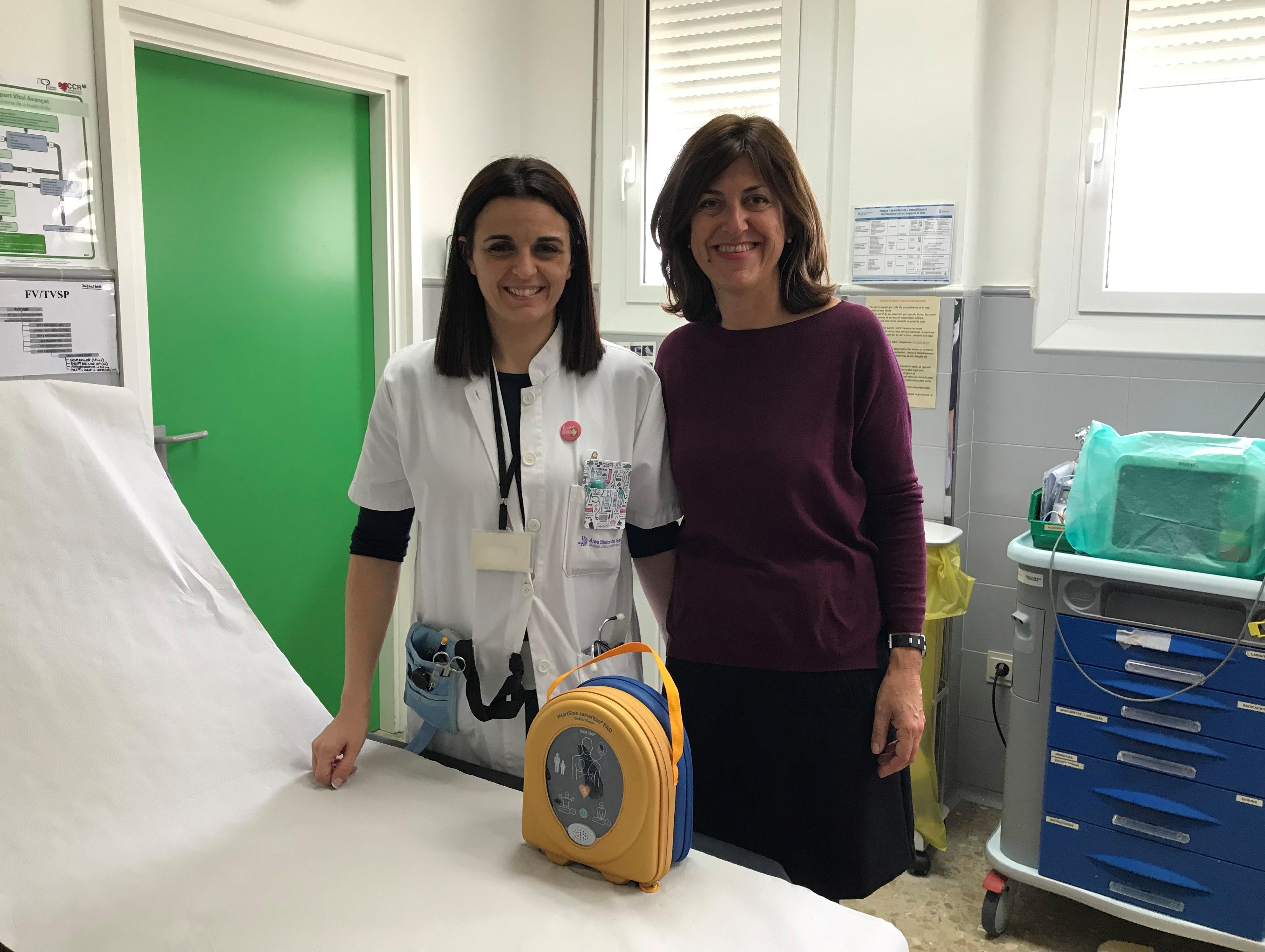 L'Ajuntament de Vandellòs i l'Hospitalet de l'Infant lliura un desfibril·lador portàtil al Centre d'Assistència Primària