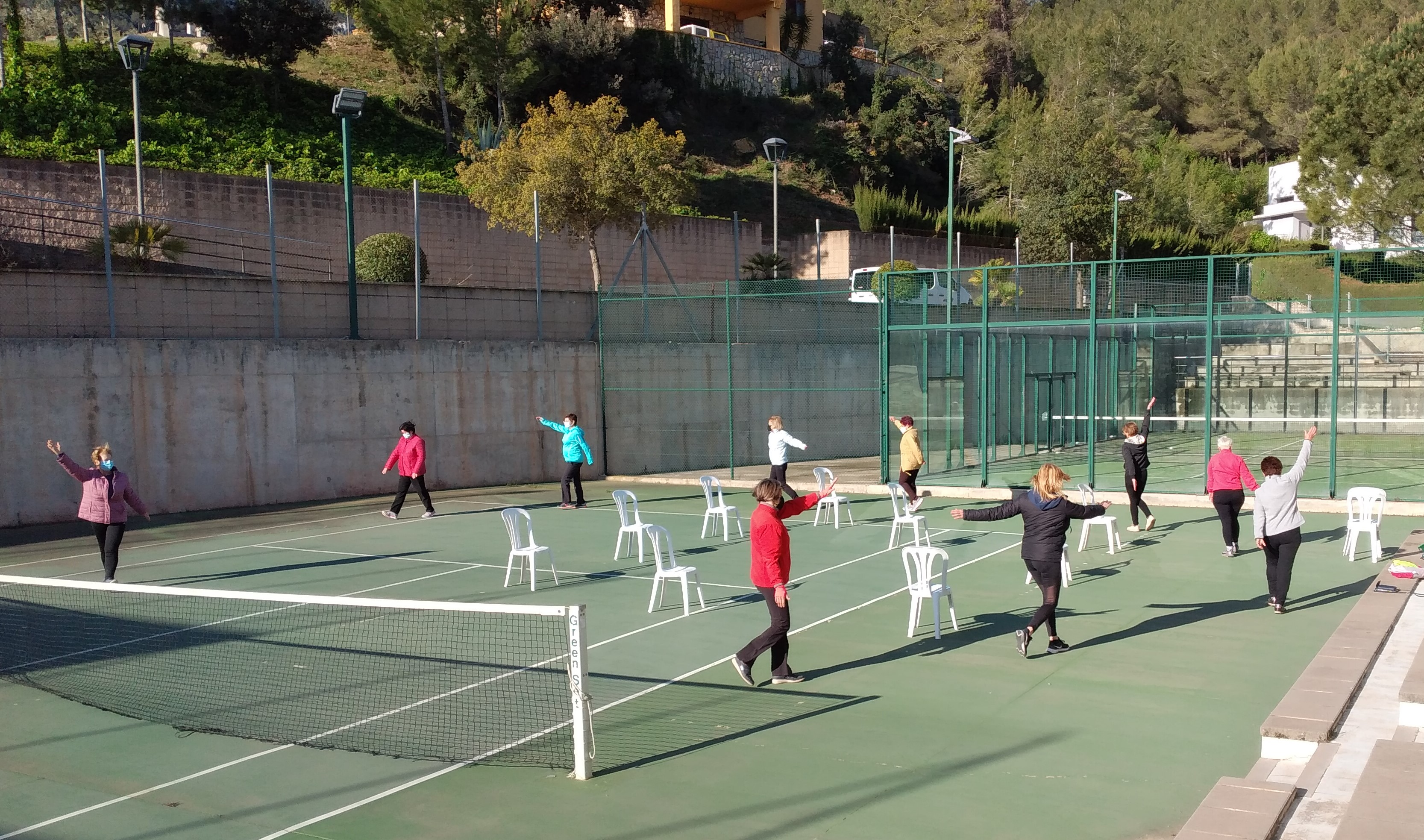 L'Àrea d'Esports de l'Ajuntament reprén les activitats de gimnàstica de manteniment per a la gent gran