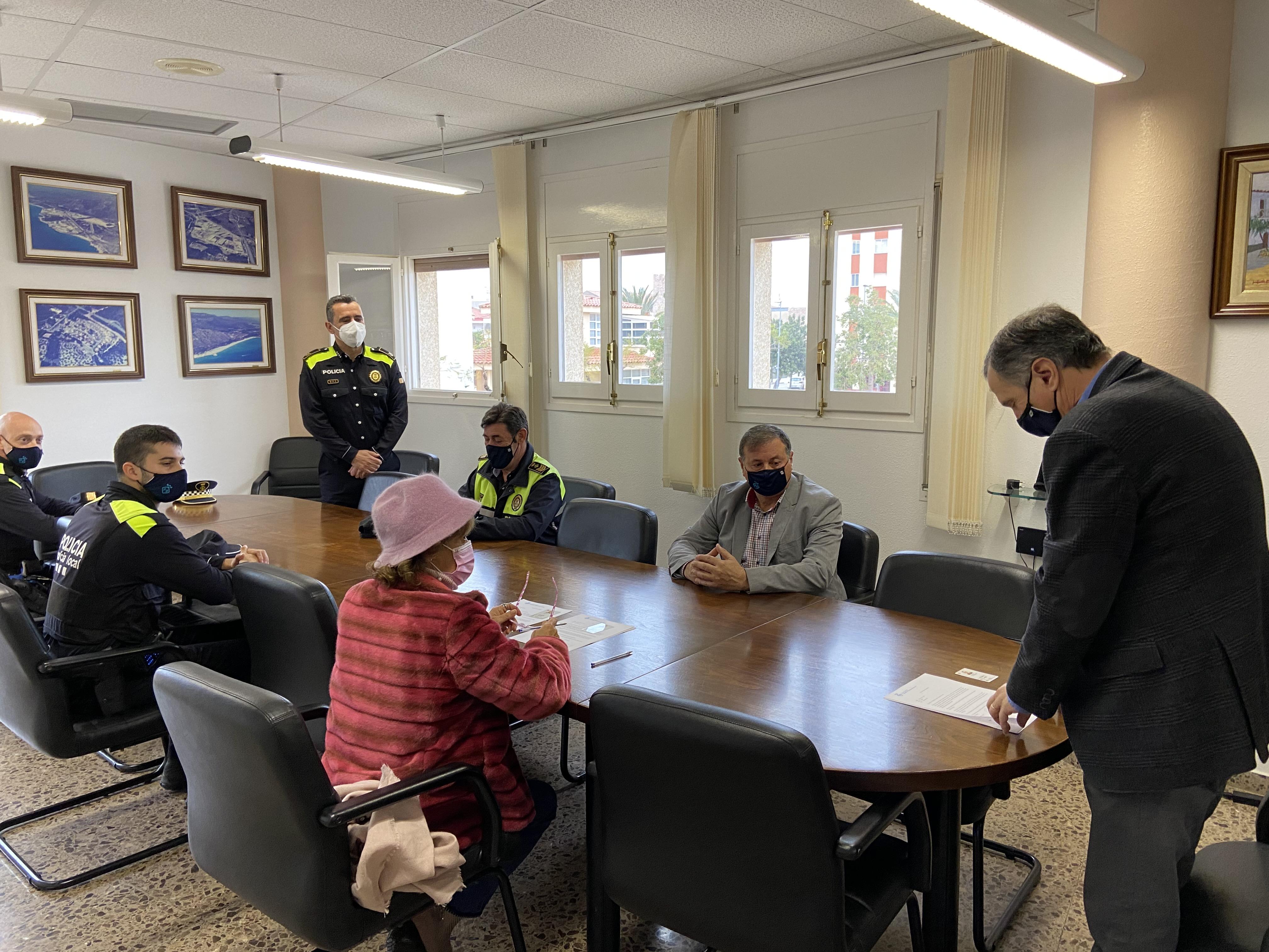 Moment del nomenament de Sergi Navarro com a sergent de la Policia Local
