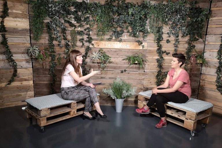 Imatge d'un dels programes d'entrevistes que emet la TVV