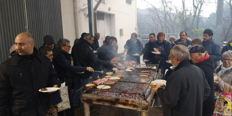 Preparació de l'esmorzar popular
